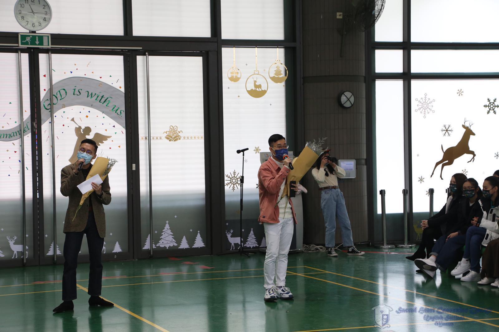 老師們的歌唱表演