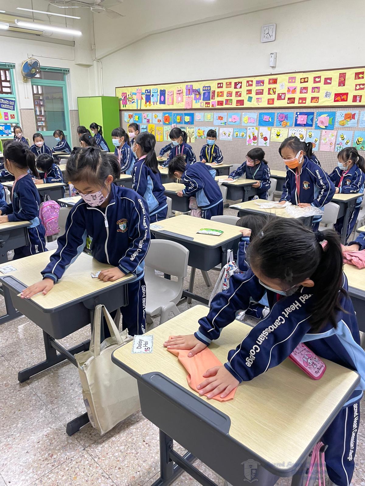 全體學生積極投入清潔