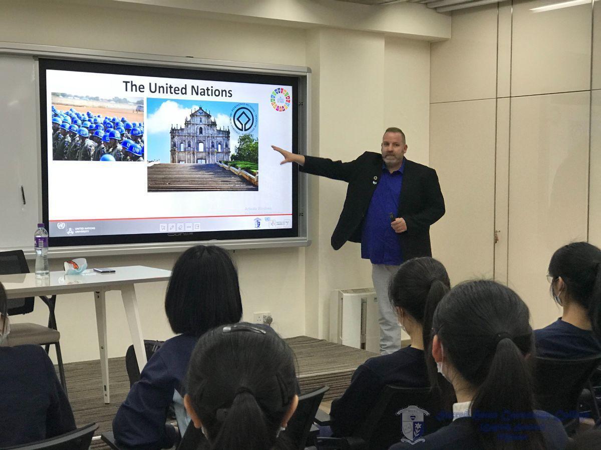Dr Ignacio introduced the UN University in Macau