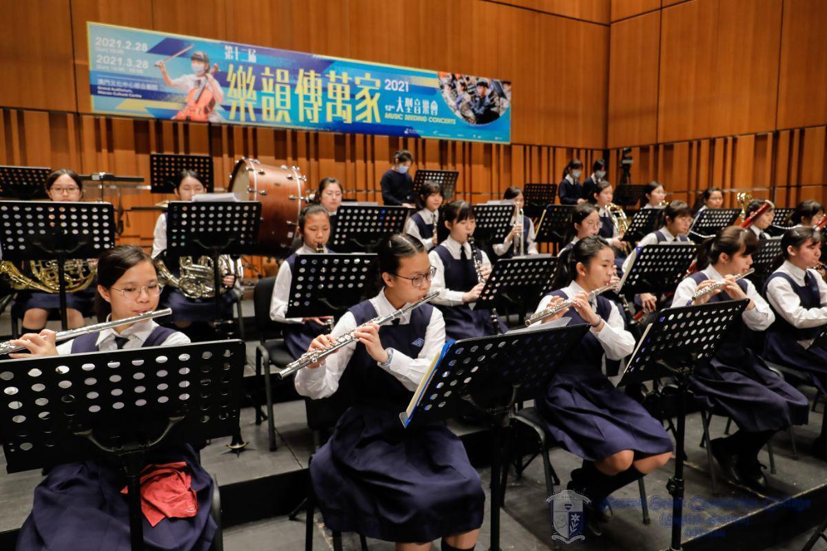 學校管弦樂團彩排柴可夫斯基《天鵝湖組曲,作品20a》/ Rehearsal of Tchaikovsky's Swan Lake by the School Orchestra